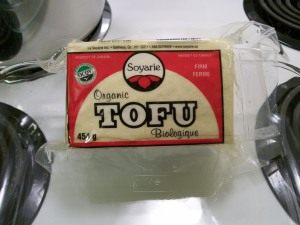 Vacuum-packed, cotton-style tofu